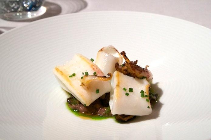 Calamari, sautéed mushrooms and black sausage
