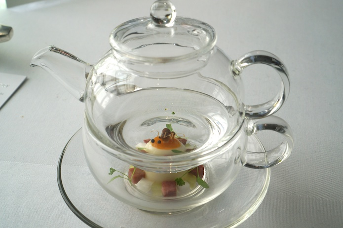 Water in the teapot - Egg, ham and mushroom