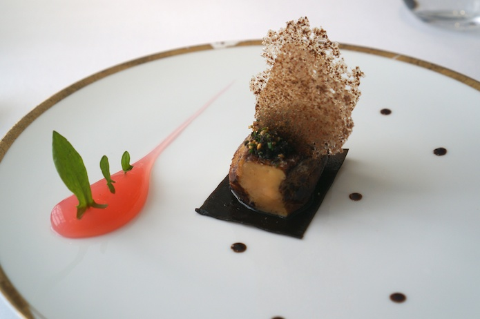 Roast foie gras with rhubarb, confit kombu and crab biscuit